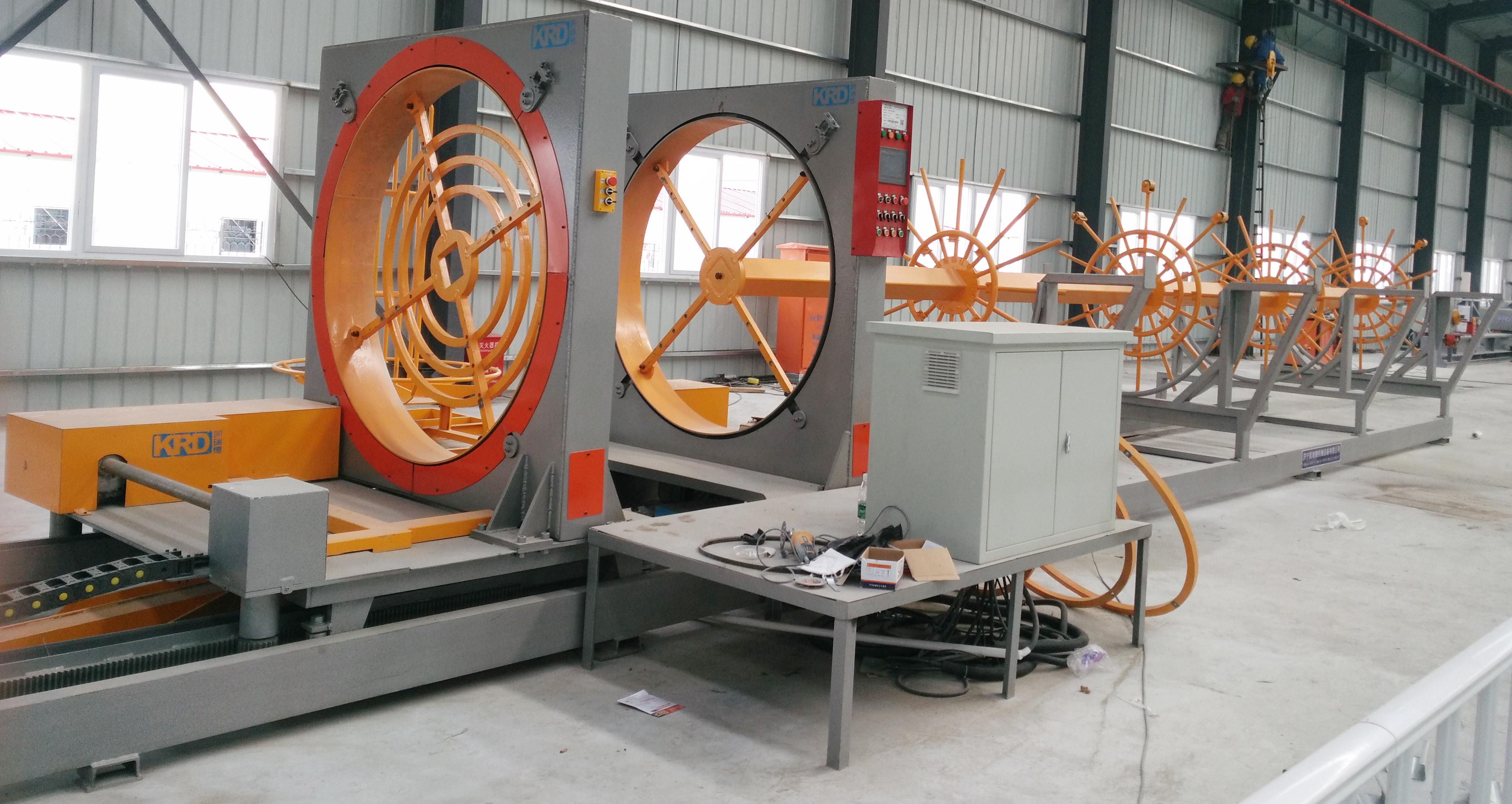 二,数控钢筋笼滚焊机的工作原理:     根据施工要求,钢筋笼的主筋
